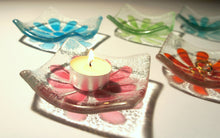 "Load image into Gallery viewer, Daisy Dish - Choose your colour - 10cm(4"")"