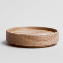 Load image into Gallery viewer, Hasami Ash Wood Tray Round