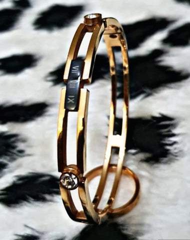 Classic Bangle Style Bracelet For Girl Online @ Best Price in Pakistan