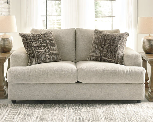 Soletren Signature Design by Ashley Loveseat image