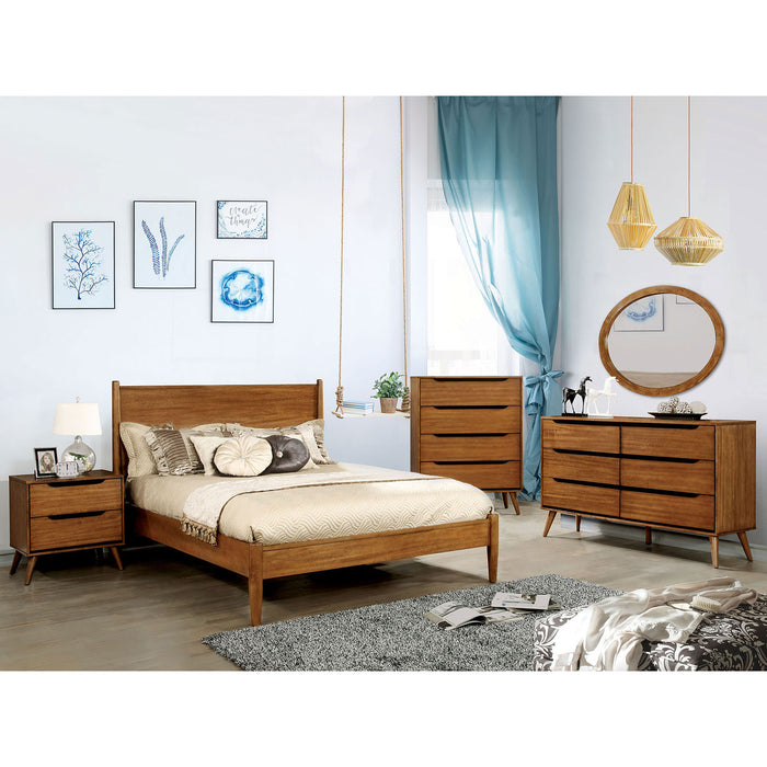 LENNART II Oak 4 Pc. Full Bedroom Set w/ Oval Mirror image
