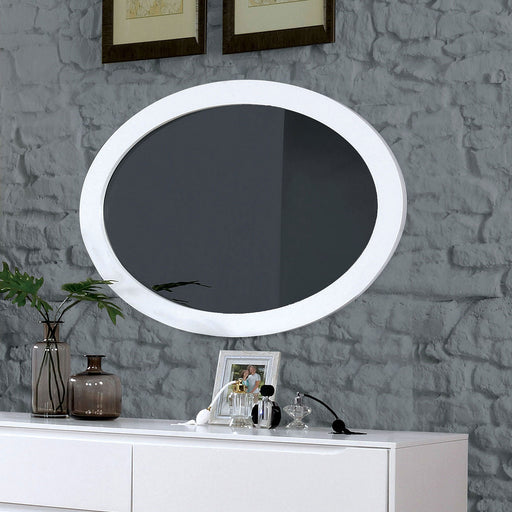 LENNART II White Oval Mirror image