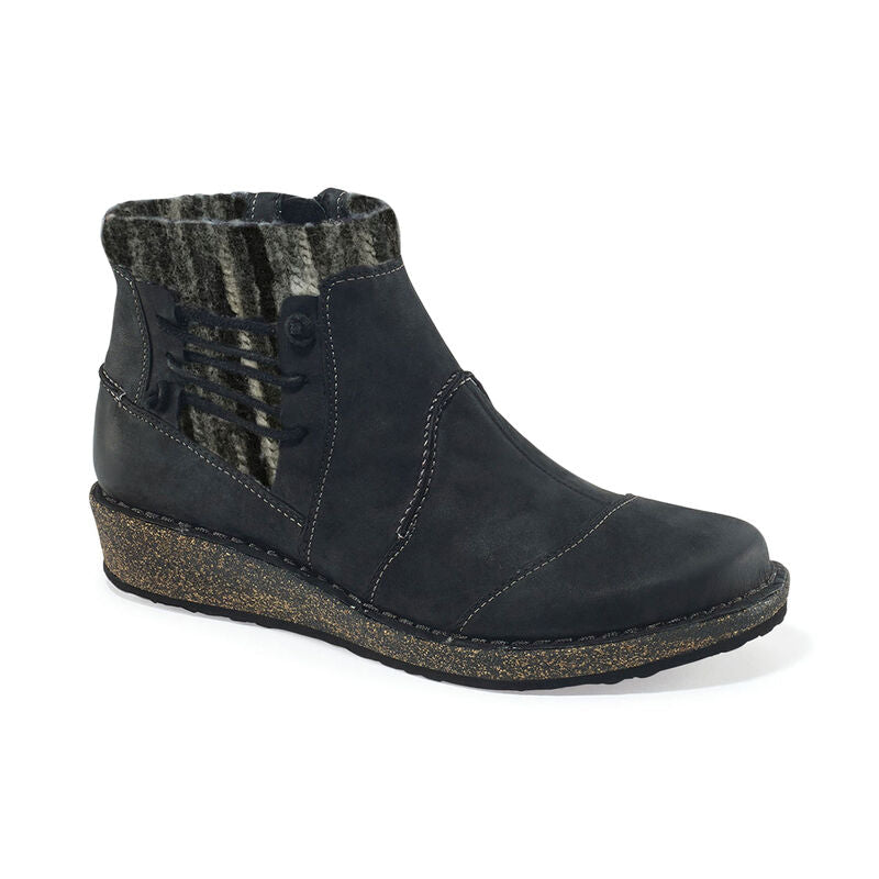 Tessa Low Sweater Boot - Black Nubuck