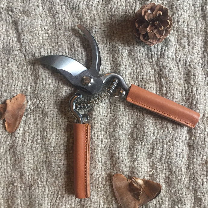 Leather Handled Secateurs