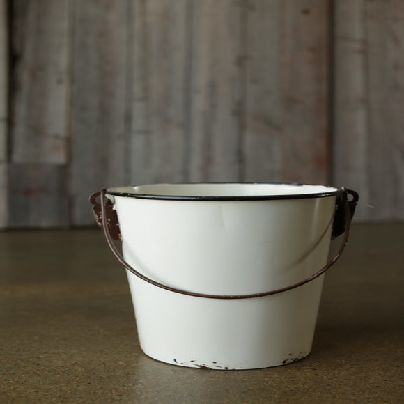 Enamel-Look Bucket