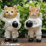 statue chat astronaute