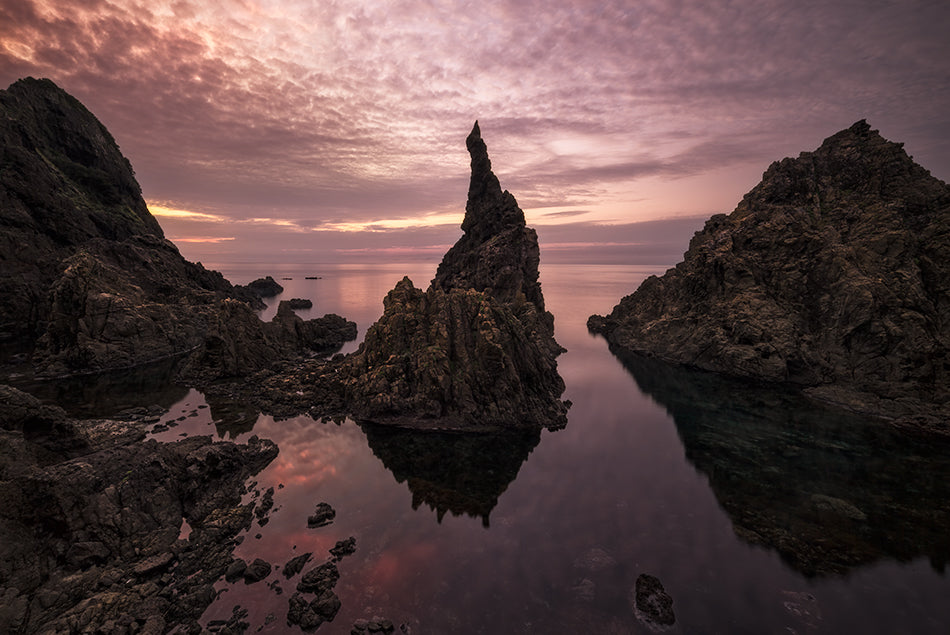 Candle rock - Masashi Takada Photography