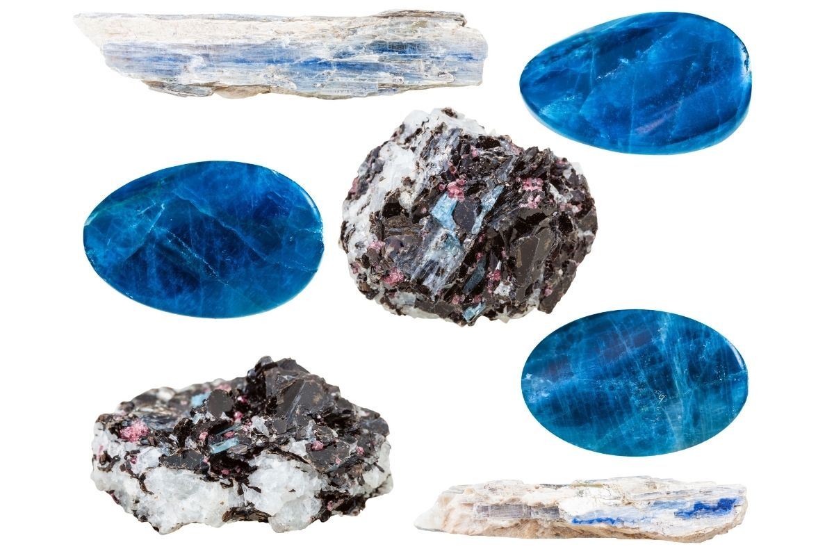 Different varieties and shades of Kyanite