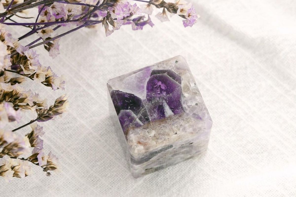 amethyst cube from tiny rituals