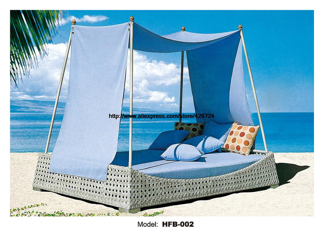 Holiday beach rattan outdoor bed