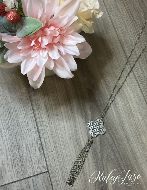 Simple Detailed Clover Necklace #35