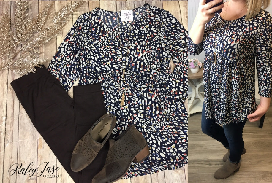 HM Navy Leopard Spotted Top