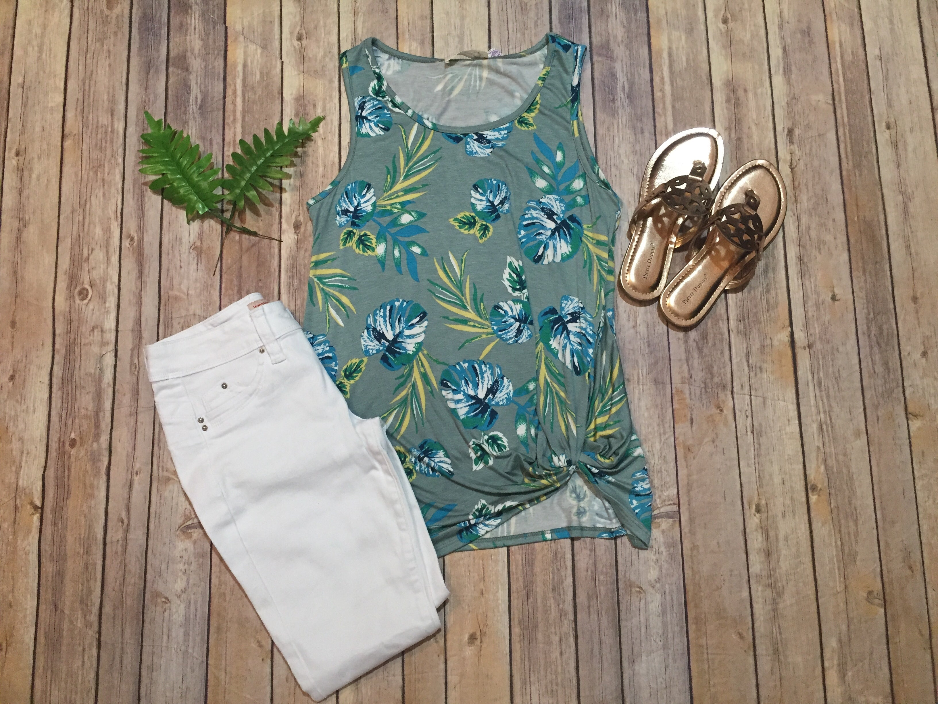 Green & Blue Tropical Tank