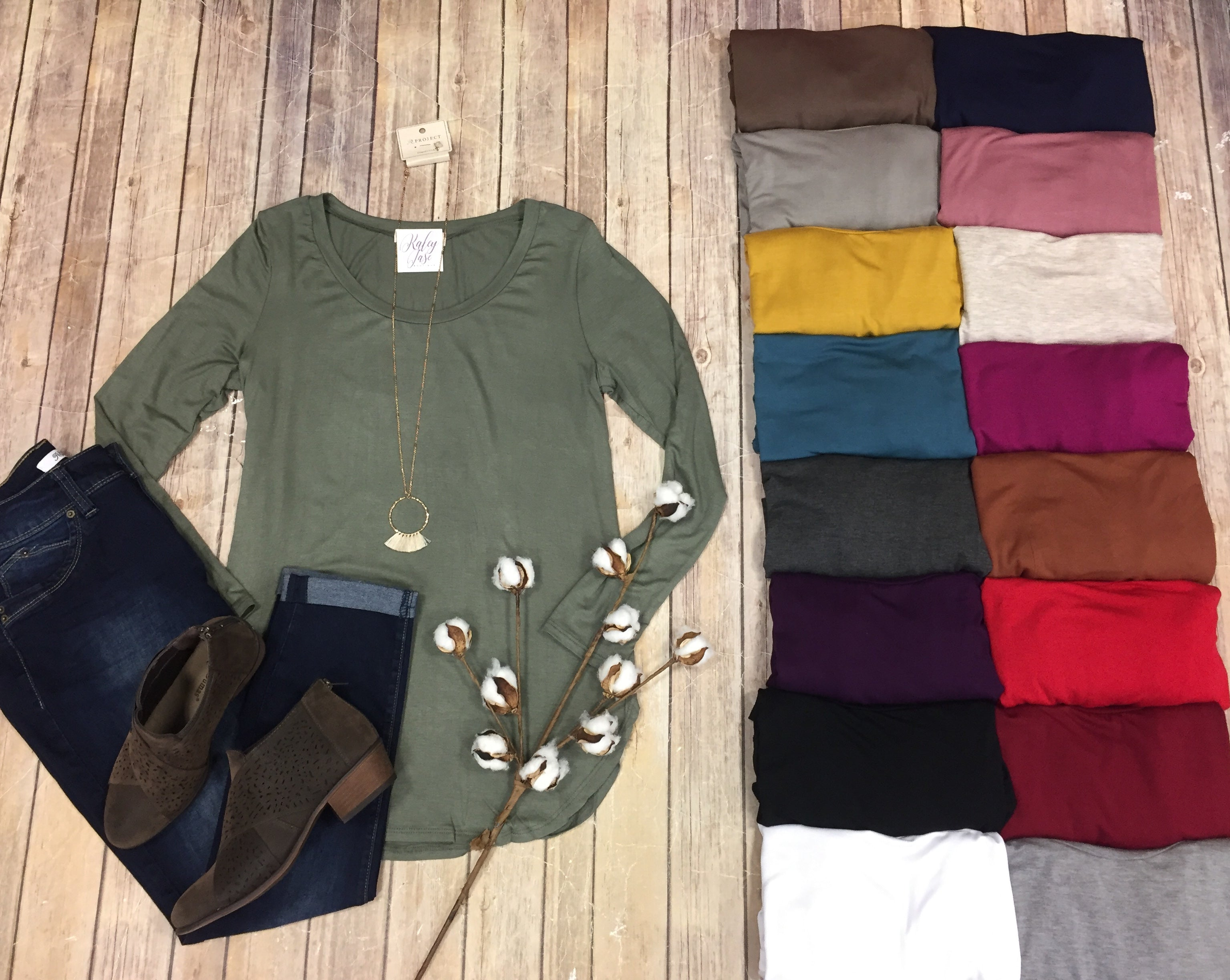 A.Gain Long Sleeve Scoop Neck Top