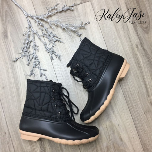 Black Lightweight Unique Quilted Design Duck Boots
