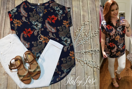 3cfa8871b210 HM SS Navy   Red Flower Paisley Print Top