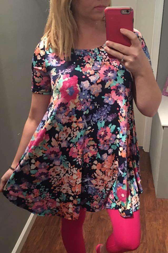 Colorful Floral Short Sleeve Tunic (Regular & Plus)