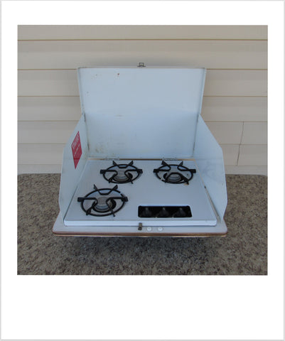 Indoor Wedgewood 3 Burner Stove Used