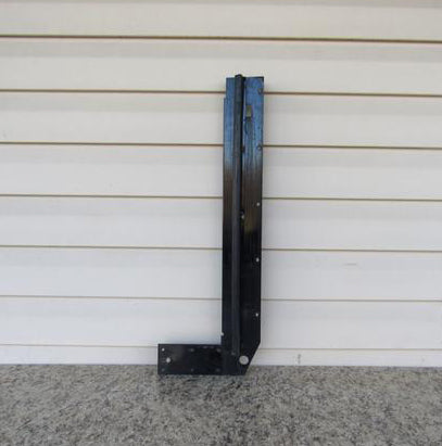 Stepper Door Bulkhead RH Used