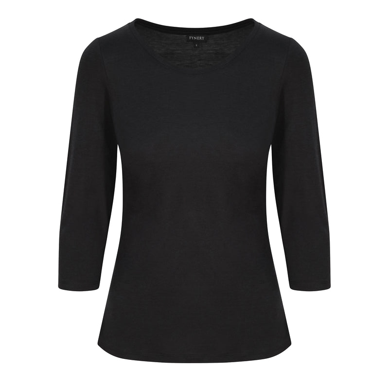 3/4 SLEEVE SCOOP NECK IN BLACK