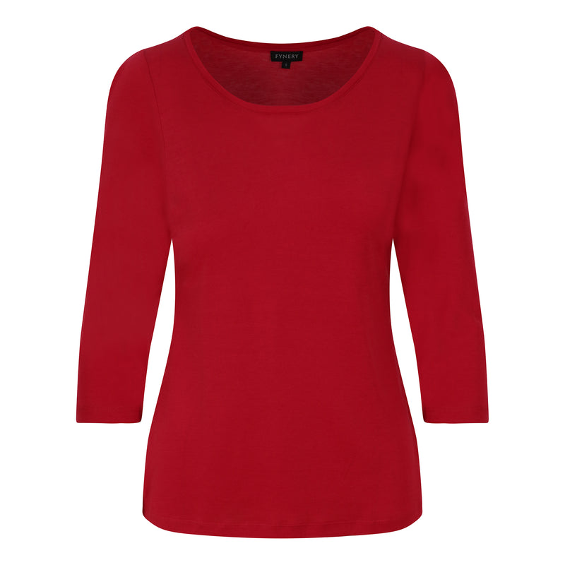 3/4 SLEEVE SCOOP NECK IN RED