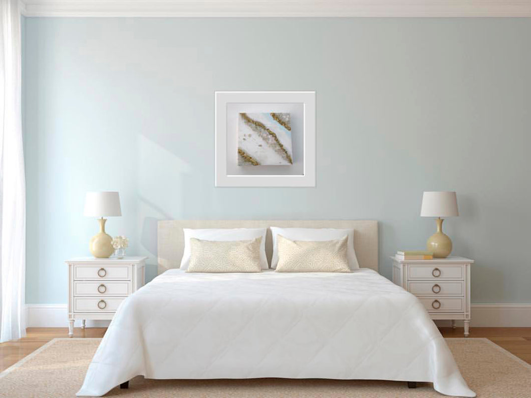 Geode Wall Art_Gold, White and Blue Hues