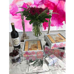 Pink Flower – Open Matzos Box