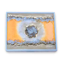 Load image into Gallery viewer, Wooden Tea Box with Geode Lid