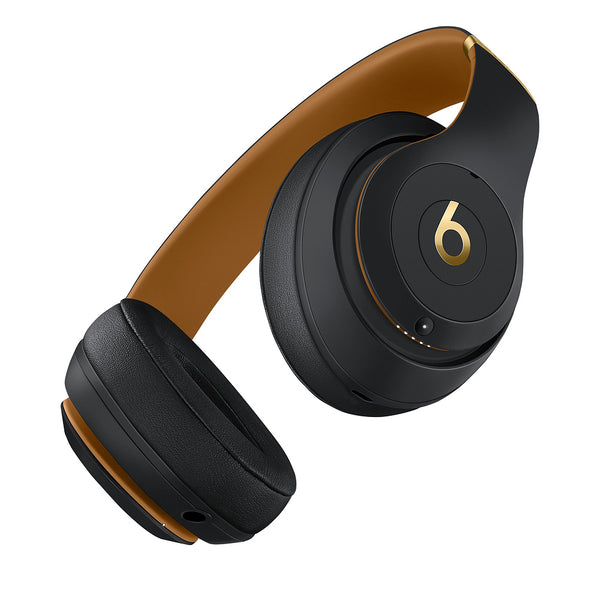 Beats Studio3 Wireless Over-Ear Headphones-Beats Skyline Collection (Midnight Black)