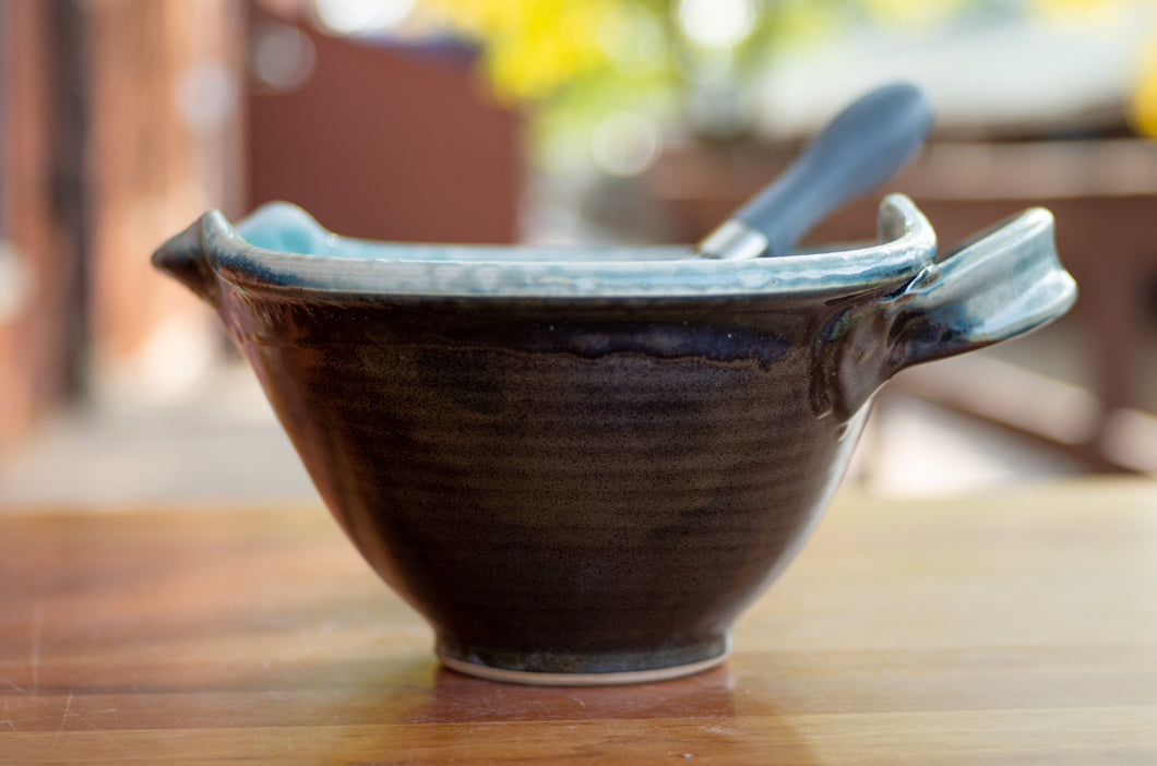 Small Whisk Bowl in Turquoise and Black