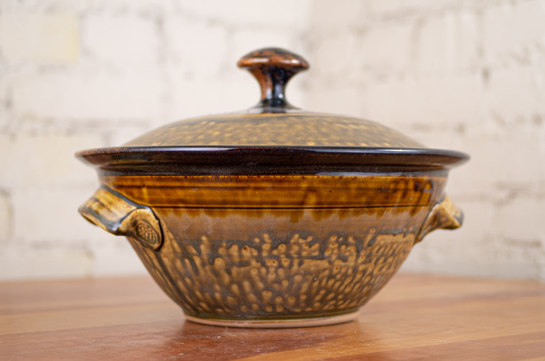 Large Covered Baking Dish in Rust Red and Honey Ash