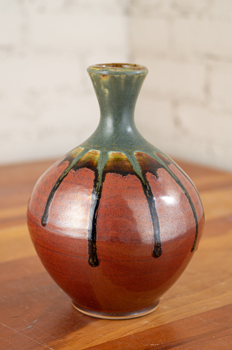 Vase in Ash Trail and Rust Red