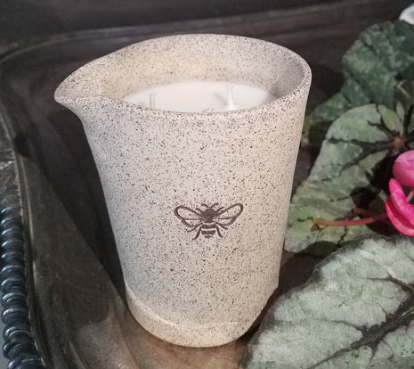 Bee Illuminated Lotion Candle