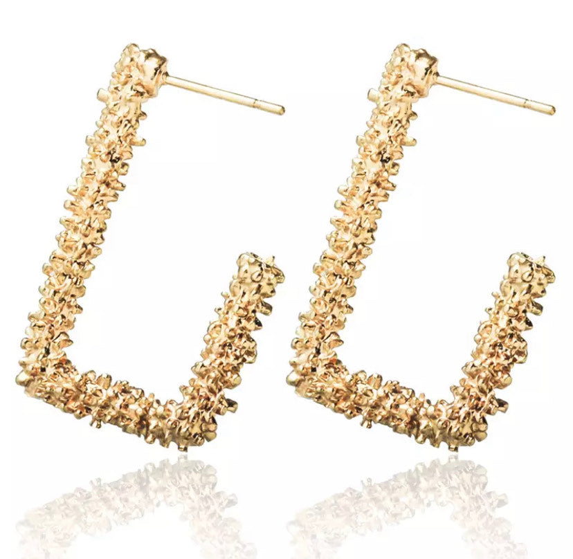 Mini Gold Vintage Hoop Earring
