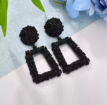 Load image into Gallery viewer, Black Geometric Dangle Earring