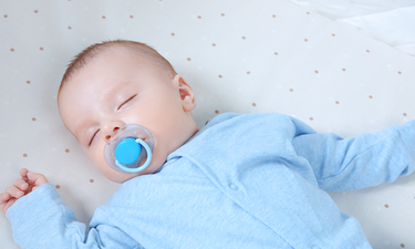 when to stop pacifier use