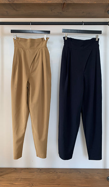 Front pleated High wasted pants
