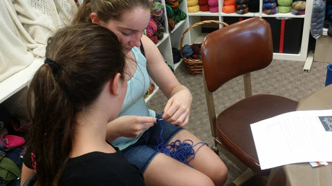 Jaelynn Willey and Addison knitting