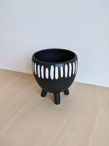 Sass & Belle Grooved Planter on Legs