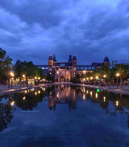 Rijksmuseum at night
