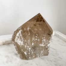 Load image into Gallery viewer, smoky quartz top polished 01