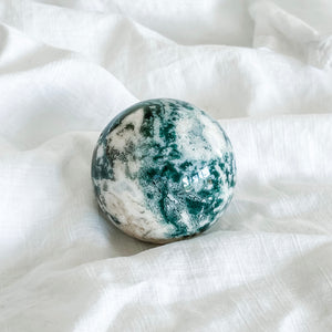 moss agate sphere 03