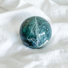 Load image into Gallery viewer, moss agate sphere 05