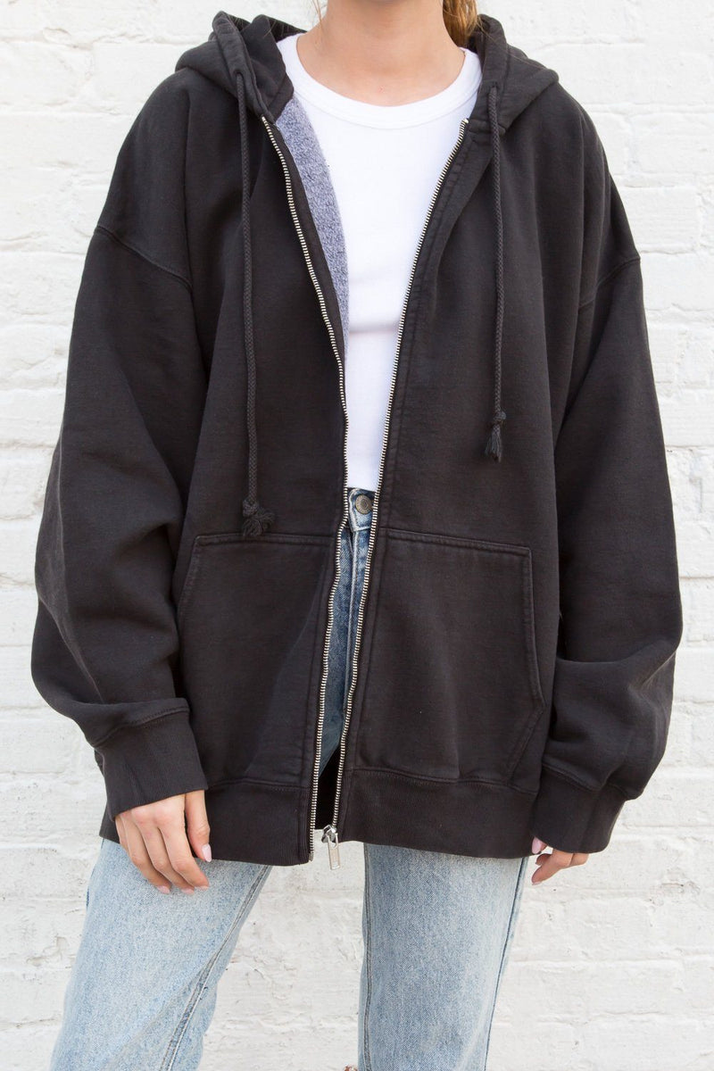 Black / Oversized Fit