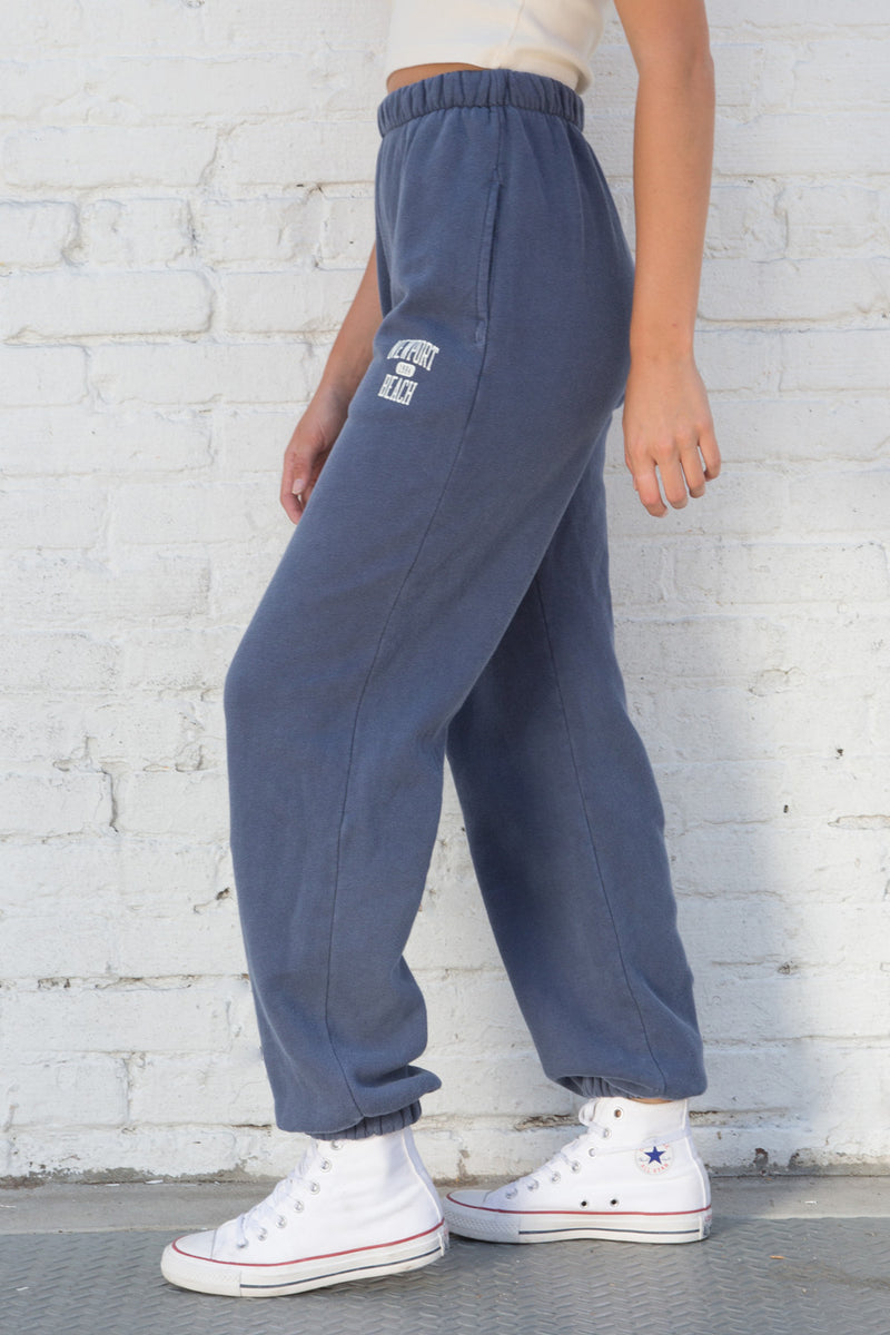 Side Photo of Rosa Newport Beach 1984 Sweatpants