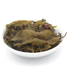 Load image into Gallery viewer, love some tea whole leaf apple flavor green tea