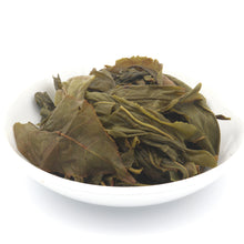 Load image into Gallery viewer, love some tea whole leaf green tea