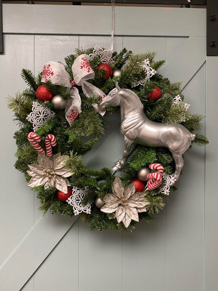Stone Horse Festive Holiday Wreath