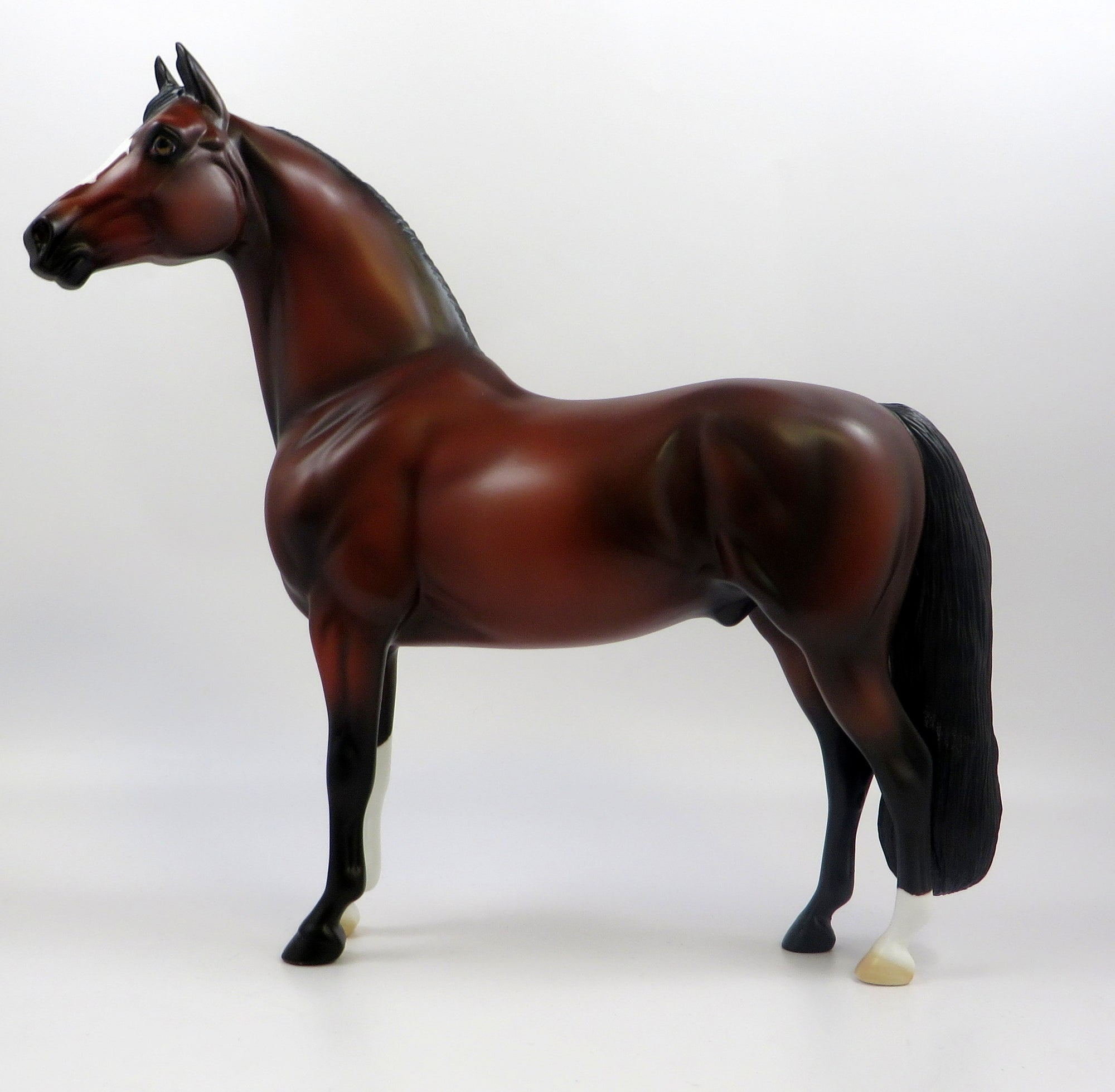 ALILI-OOAK BAY MORGAN MODEL HORSE EQ 19