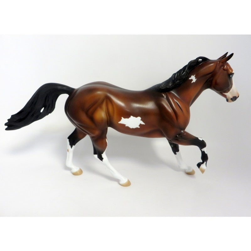 MAXIMUM OVERDRIVE-PRE-ORDER FOUNDATION QUARTER HORSE BAY PINTO MODEL HORSE 6/19/19